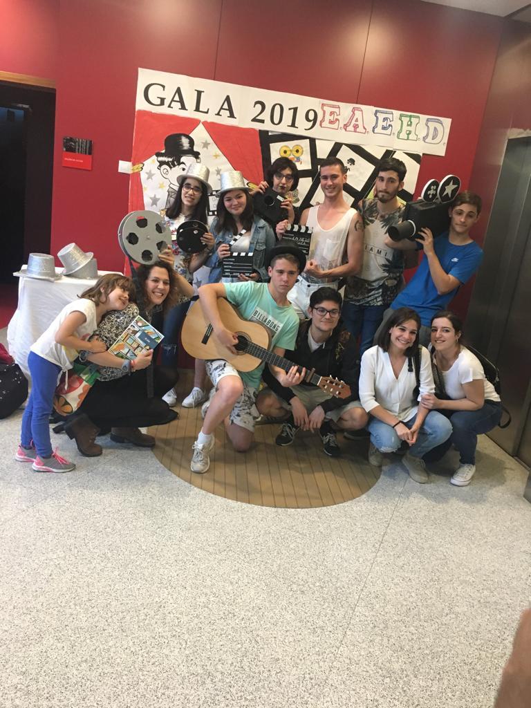 GRUPO DE ADOLESCENTES Y JÓVENES AFACMUR