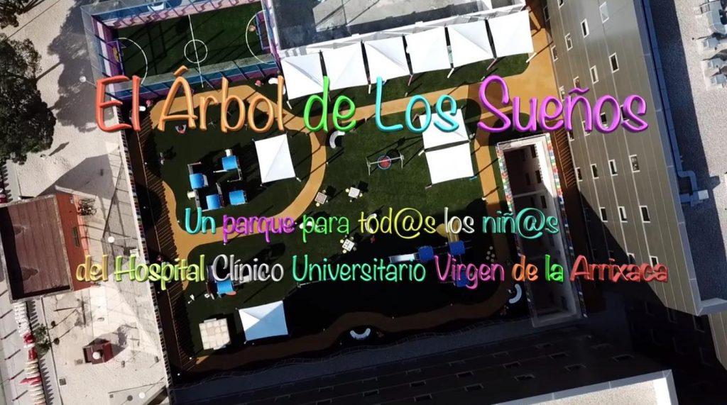 """DAVID SIMÓ FOTO.Me pidieron que hiciera un video sobre """"El Árbol de los Sueños"""", un parque para los niños del Hospital Clínico Universitario Virgen de la Arrixaca."""